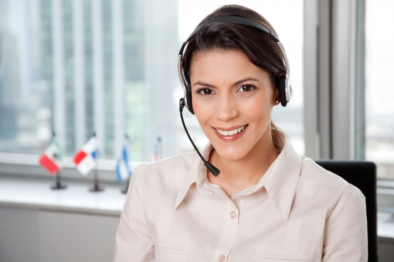 3585390-young-business-woman-with-headset